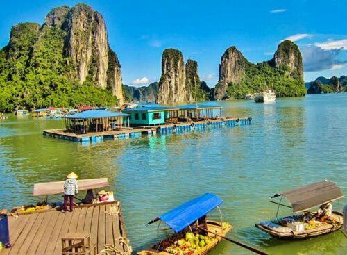 Halong Bay Vietnam photo CC Pixabay