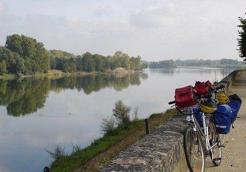 Loire Fietsvakantie –  Loire a Velo  – Genieten van Kastelen en zon