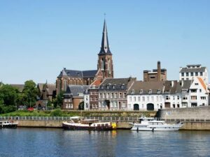 maastricht-martinus-kerk-kras-fietsvakantie