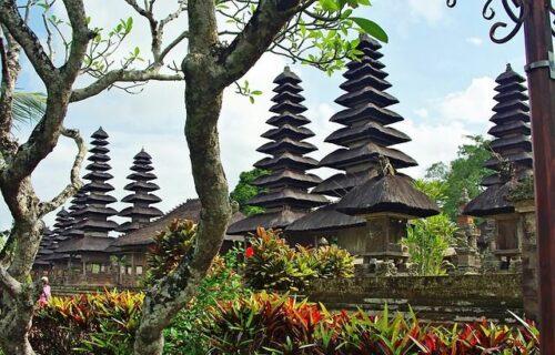 Bali Indonesië tempel fietsvakantie